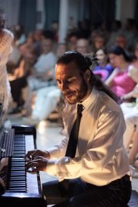 Pablo Rubén maldonado en Flamenco En El Backstage